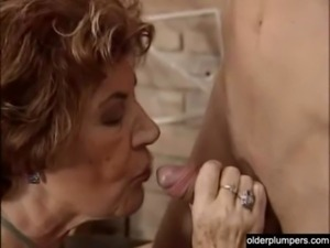 Granny seducing horny guy. free