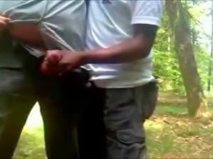 Handjob im Wald - German Gays