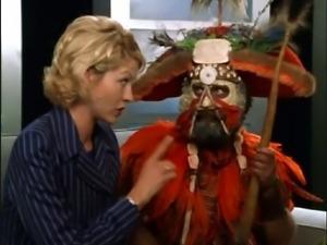 Jenna Elfman - Krippendorfs Tribe