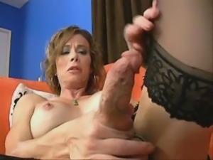 Jasmine Jewsls Stroking and milking herself