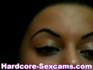 Arab Girl fingering on webcam