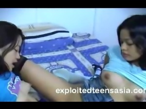 Filipino Teen Lesbians Go At Then Joined For Threesome Sex
