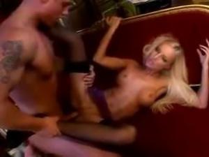 Veronika shows her body
