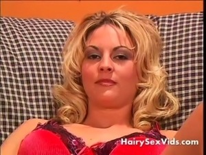Blonde Eve fingering her hairy  ... free