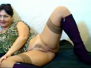 Russian hairy webcam mom (Pizda ... free