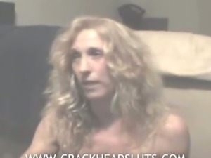 Crackhead freak interview before blowjob and eventually spreading her pussy
