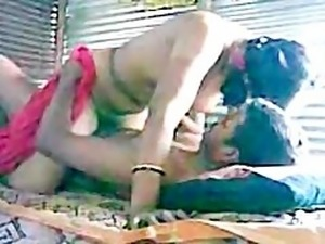 Rajastani Woman enjoys 3 inch Jaipur Desi Dick in Paki Porn Clip