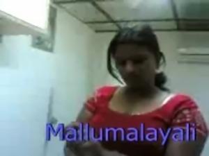 Indian hot mallu girl expose bo ... free