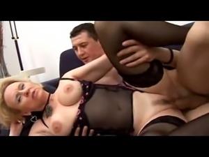 Carlo Boss - Italian mature mom Likes It Big