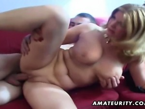 Homemade amateur busty blonde sucks