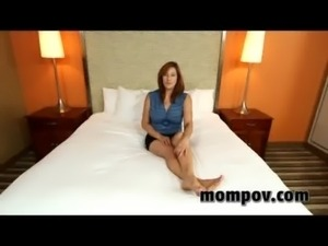sexy mature milf fucks and sucks young cock free