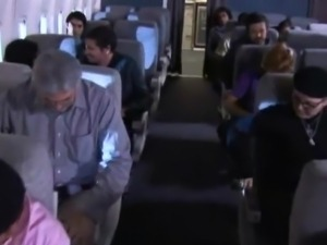 Passengers having quickie inside an airplane toilet!