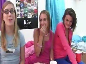 Young student penetrate schoolgirls