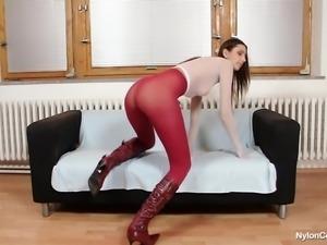 pamela loves spreading her sexy long legs