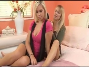 mom seduce daughter