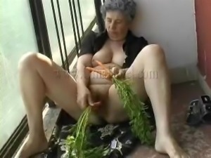 carrots are good for granny
