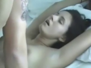 Bouncing tit girl loves getting fucked, accepts facial