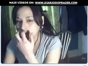 se desnuda en la webcam free