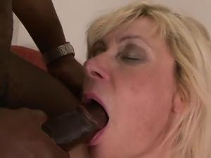 video lili mature anal whore