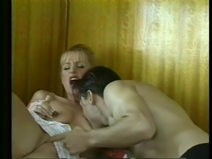 skinny blonde gets her pussy licked
