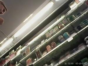 Supermarket upskirts 2007 02