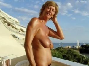 xvideos granny escort a besancon