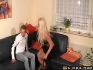 German blonde in amateursex gets spermmouth free