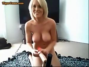 Huge Boobs Blonde Fucking Machine Show free