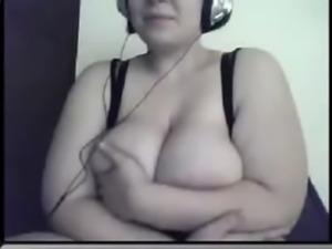 BBW with huge tits masturbating on webcam free