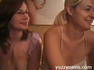 webcam websites - www.yuzzycams.com free