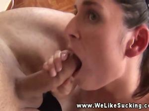 Intense dicksuck given by brunette amateur girlfriend