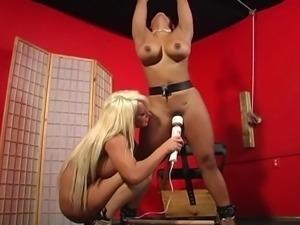 Big Tits Lesbian Soumisive spanked
