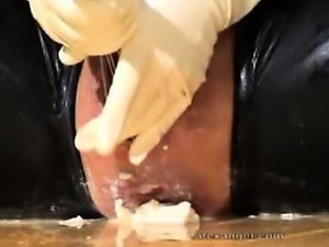 Extreme fetish amateur wife bizarre messy objects insertions