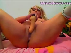 Blonde chubby BBW slut masturbates on webcam