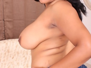 Fatty and cute Ebony Kandi Kream poses and fucks