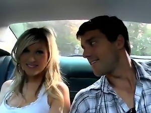 Very cute blonde with delicious boobies bangs her lovely boyfriend in their car