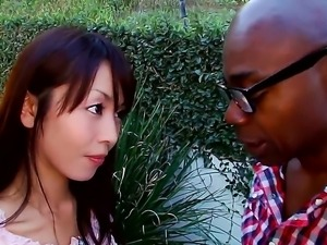 Look at beautiful Asian arousing babe Marica Hase sucking big schlong outdoor