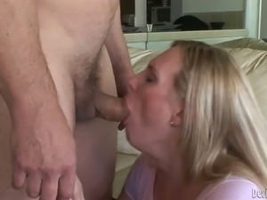 Fair haired shemale Lucia Matthews gives sensual blowjob to a