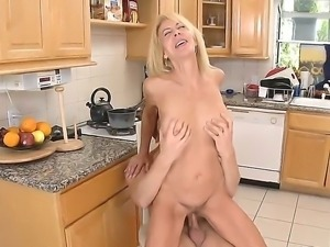 Danny Wylde bangs his girlfriends mother Erica Lauren at the kitchen before...