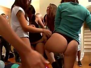 Bethany Benz,Jada Stevens and Lexi Belle in wild session of hardcore gang...
