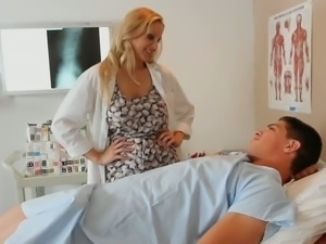 Blonde haired stacked milfy doctor Julia Ann loves her patient's