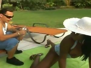 Horny ebony Barbie Banxxx pleases hunk Sergio with amazing outdoor hardcore