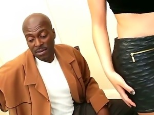 Lexington Steele is horny and desperate to have her cunt smahed by Alexis Ford