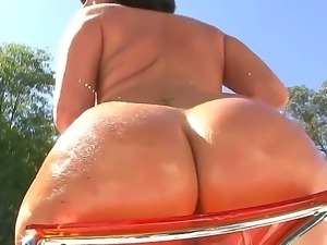 Big ass babe Valerie Luxe pleases with her superb horny teasing session by...