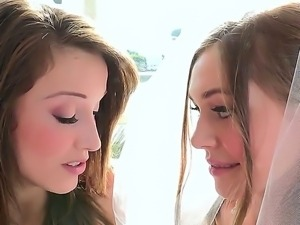 Aurielee Summers and Bree Daniels shows the true lesbian kiss of pure passion