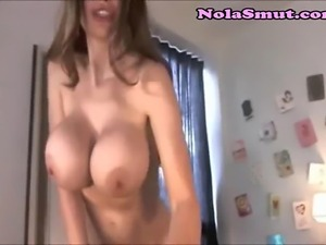 European camgirl shakes and shows her boobs