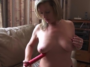 slutty mature makes a very naughty moves
