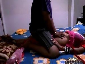 indian housewife shilpa bhabhi stripping naked