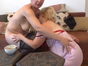 mature lesbian whores need to fuck too