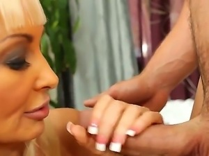 Smoking hot tanned cheating blonde milf Brittany ONeli with big jaw dropping...
